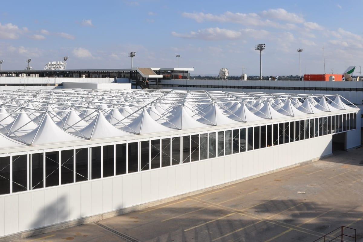 Impressive and contemporary custom structure for an airport terminal