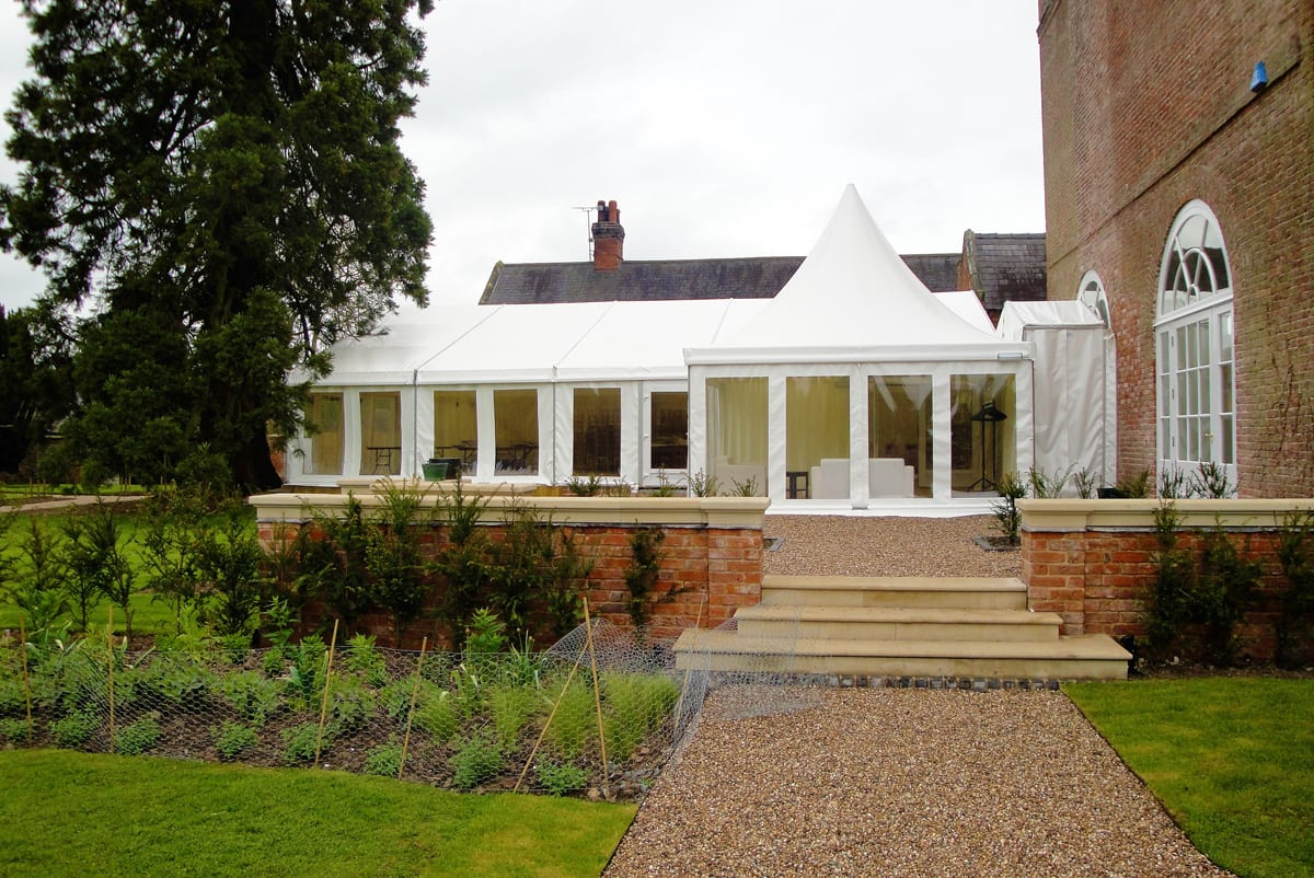 A HÖCKER P Series event tent extension for events and functions
